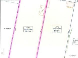BOUWGROND<br /> 32a 19ca groot<br /> Prijs: 280.000,00 EUR<br /> - Rustig gelegen perceel villagrond.<br /> Zoals afgebeeld op lot 1 op het plan opgem