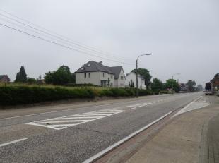 Mooie open bebouwing Riemst Tongersesteenweg gr. 8a 3ca<br /> Sted: Wglk,