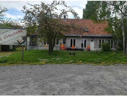 Horeca te koop in Roesbrugge-Haringe, € 325.000