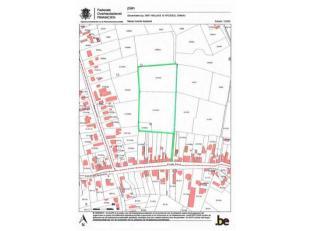 WEILAND MET TOEGANGSWEG<br /> Percelen weidegrond met berging, boomgaard en aparte toegangsweg naar de straat, gelegen achter de woning Sinaaidorp 86
