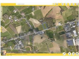 Groot stuk landbouwgrond gelegen te Tongeren (Berg), sectie B nr 0013/00A00, groot 1ha 30a 50ca.KI: euro99,00 Voor meer informatie: contacteer Notaria