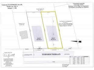 Perceel bouwgrond van 662 m² groot, geschikt voor open bebouwing.<br /> Breedte aan de straat: 16,37 meter<br /> Diepte links: 41,43 meter<br />