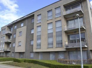 Gelijkvloers appartement<br /> Gelijkvloers appartement bestaande uit: Living, open keuken met, hall, 2 slaapkamers, badkamer, apart toilet, terras, o