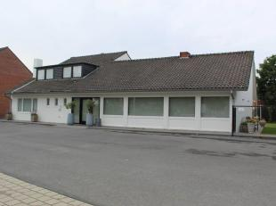 De feestzaal Rustique is gelegen in het centrum van Kuurne, tegenover de Hippodroom. De ideale locatie voor privé-feestjes, zoals babyborrel, c