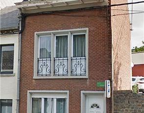 Maison 2 façades, cad. 1ère div. sect. M n° 1068/E/2-P0000, superf.: 30 ca, R.C.: 708,00 euro. Comp. au sous-sol: gde cave. Rez-de-c