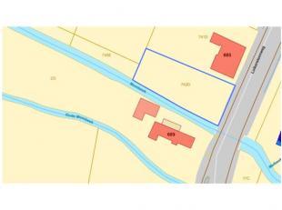 Mooi gelegen perceel grond in woongebied landelijk karakter, te Luikersteenweg naast nr. 685, met een opp. 10a55ca - www.wilsenscleeren.beStedenbouwku