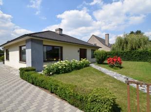TE KOOP in Eke - Raoul de Hemptinnelaan, 20<br /> <br /> Een goed gelegen woning op een van +/- 990 m² <br /> <br /> Bestaande uit de volgende in