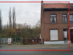 Uitzonderlijk goed gelegen projectgrond te Leuven (Kessel-lo) . Openbaar vervoer op 100 m afstand en slechts 5 minuten van het station te Leuven. Auto