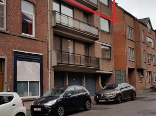 Appartement op wandelafstand van de Ring rond Leuven aan de Tervuursepoort.<br /> Het appartement beschikt over een inkomhal met vestiaire, een aparte