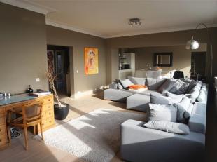ANTWERPEN - EXPO: Jan Van Rijswijcklaan: Licht en ruim appartement  met mooi zicht, 3 slaapkamers, 2 badkamers en autostaanplaats.<br /> BESCHRIJVING: