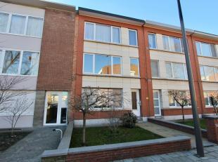 Op wandelafstand van het Te Boelaer Park ligt dit instapklaar appartement op de eerste verdieping van een klein gebouw (3 appartementen) bestaande uit