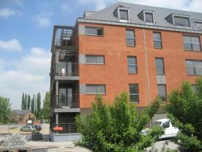 Superbe appartement situé à proximité de toutes les facilités (Grands Prés et IKEA), au 3ème étage de