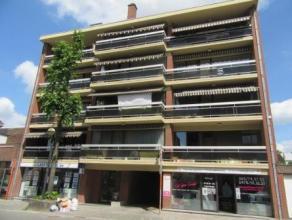Rue des Arbalestriers 82A /14 à Mons. Idéalement situé, agréable appartement situé auè 3ème ét