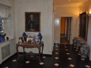 Appartement 4 Ch (4ème) , dans un des plus beau immeuble de l'avenue Louise. A rénover, appartement de style Parisien, situé au q