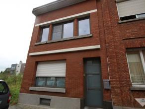 *** compromis in opmaak *** KESSEL-LO Vlakbij station van Leuven in een doodlopende straat: woning te koop met ruime eetplaats/zithoek, 3 slaapkamers