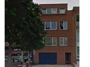 SINT-TRUIDERSTEENWEG 157/4.:<br /> Instapklaar appartement met 1 slaapkamer gelegen op wandelafstand van het Centrum.<br /> <br /> Indeling: Verdiepin