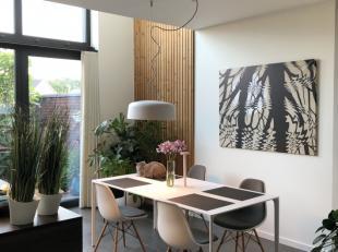 JEF KONINGSLAAN 102 (CEDERPARK):<br /> Moderne, perfect afgewerkte stadswoning met 2 slaapkamers, aangelegde tuin en dubbele garage.<br /> <br /> Inde