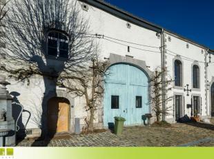 Prachtige kasteelhoeve, onderdeel uitmakend van het 18° eeuwse Kasteel van Wideux, zeer rustig gelegen in een parkgebied op een perceel van 36a in