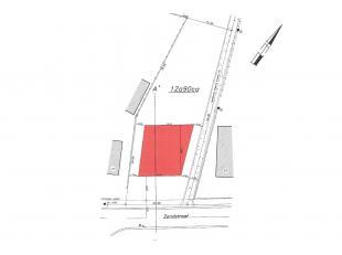 Ruim en diep perceel bouwgrond op een rustige locatie, bestemd voor open bebouwing met een mooie perceeloppervlakte van 12a90ca. Stedenbouwkundig atte