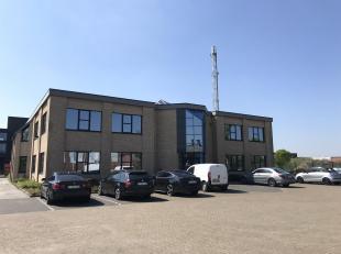Kantoorruimtes of ruimtes voor ambachtelijke bedrijven v.a. 20m² (met of zonder opslagruimte) te Overpelt.De kantoren zijn gelegen in een kantoor