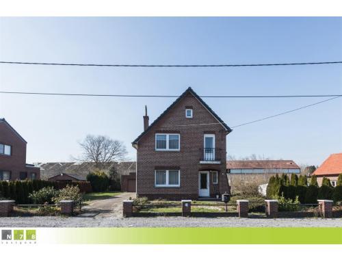 Maison à vendre à Vucht, € 189.000
