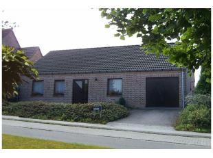 Prachtige bungalow te koop zonder garage op 548 m² Zeer rustige ligging met mooie tuin, 2slpks, badk en afzonderlijk wc