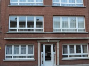 Dit volledig gerenoveerd appartement is gelegen op een rustige locatie te Deurne Zuid. Dichtbij scholen, winkels, openbaar vervoer, park Rivierenhof.<
