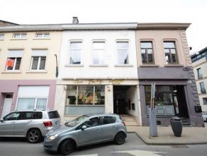 Arlon, situé en plein centre ville, immeuble de rapport de 4 unités composé comme suit: niveau 0: studio au rez de chaussez, nive