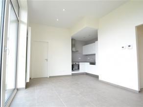 Arlon, splendide appartement situé au 2ème étage composé comme suit: hall d'entrée, séjour, cuisine é
