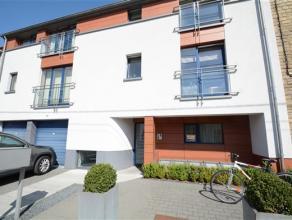 Arlon, à deux minutes de l'autoroute , bel appartement de 80 m² composé comme suit: hall d'entrée, séjour, cuisin&eac