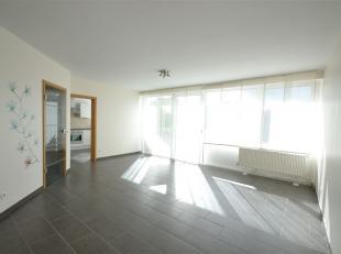Arlon, très bel appartement neuf de 100 m² composé comme suit: hall d'entrée, vaste séjour lumineux, cuisine é