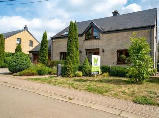 Arlon-Weyler: très bonne maison 4 façades b sur un terrain plat de 9a 45ca. Ce bien  se compose comme suit: NIV-1: caves; NIV 0: Hall d'