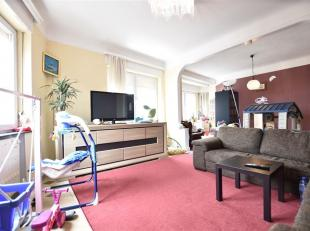 Arlon, bel appartement spacieux et très lumineux de 100 m² comprenant : séjour, salle à manger, 2 chambres avec dressing de