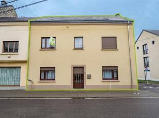 Double V Immobilière vous propose à Arlon, une jolie maison située à 10min à pieds de la gare. Ce bien se compose c