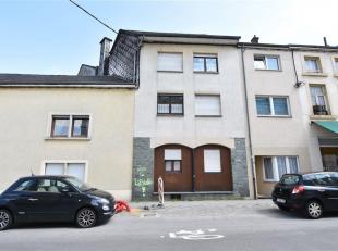Double V Immobilière vous propose à Arlon centre un immeuble de rapport situé entre les rues Saint-Jean et rue Paul Reuter. L'imm