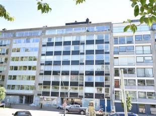 Double V Immobilière vous propose à Arlon centre, à proximité de la gare , un  lumineux appartement de 37 m2 situé