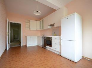 Double V Immobilière vous propose un spacieux appartement de 130 m² composé comme suit: hall d'entrée, séjour, cuisin