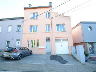 Double V Immobilière vous propose à Arlon au calme et proche du centre ville , un très bel appartement de 75 m² compos&eacut