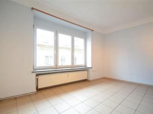 Dans le centre ville, Double V Immobilière vous propose un studio en location. Ce bien est composé d'une pièce , salle de bain. L