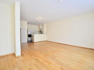 Idéalement situé, à 150m de la place de Lille et de la Grand-Place, au sein d'une résidence de standing, grand appartement
