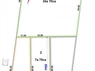 Mooi perceel bouwgrond voor open bebouwing met een oppervlakte van 7a 75ca. Het perceel maakt als lot 2 deel uit van de omgevingsvergunning voor het v