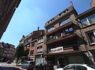 Nam Property vous propose un commerce à vendre dans le centre de Namur. Au rez-de-chaussée d'un immeuble récemment rénov&e