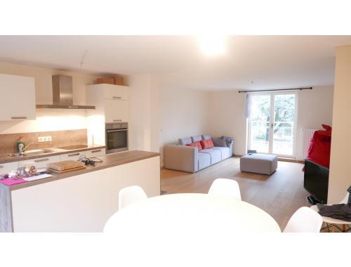 Duplex à louer à Namur, € 850