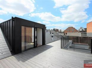 Nam Property vous propose: au cur du centre-ville Namurois, situation idéale et centrale, dans une rue calme, dans un bâtiment enti&egrav