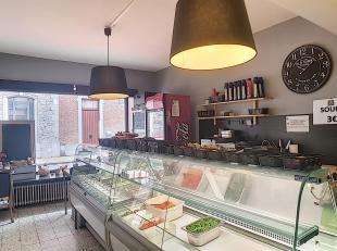 Avis aux investisseurs, Nam Property vous propose un commerce à vendre dans le centre de Namur, près des écoles. Actuellement san