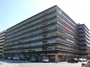 Dit instapklare appartement met een bewoonbare oppervlakte van ± 94m² is bereikbaar via lift en trap. Het leefgedeelte aan de voorzijde ge