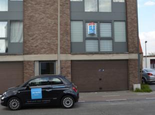 Dit verzorgd appartement is gelegen op de eerste verdieping. U beschikt over een balkon, een garage en toegang tot de algemene fietsenstalling.<br />