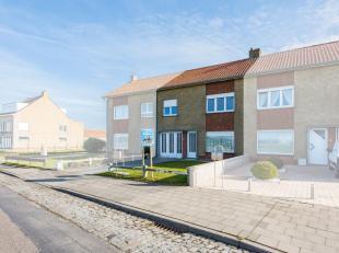 LISSEWEGE - Ruime 3-slaapkamerwoning met TUIN, GARAGE en VERBLUFFEND ZICHT op het VLAKKE LAND tussen de kustlijn en Brugge. Tot. opp. 322m². Het