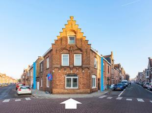 BRUGGE - UITSTEKENDE GELEGEN HOEKGEVELWONING met stadkoer en GARAGE. VEEL LICHTINVAL, een efficiënte indeling met o.a. een inkom, living, eetplaa