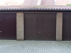 Deze ruime garagebox met automatische poort bevindt zich in Kristus-Koning, op slechts anderhalve kilometer van het centrum van Brugge.IndelinggarageT